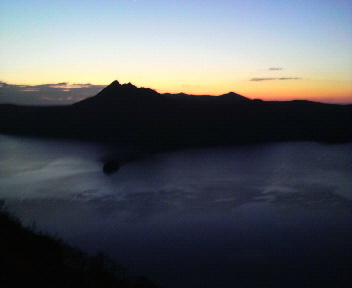 摩周湖の夜明け前