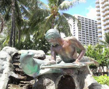 月末までハワイィです
