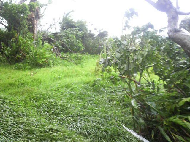 台風まだ最接近前